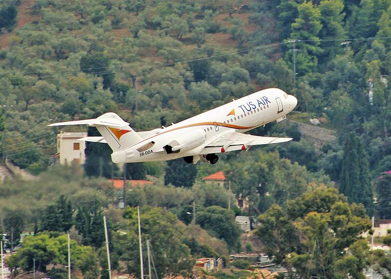 TUS Airways statement about airlines status (GB/GR language)