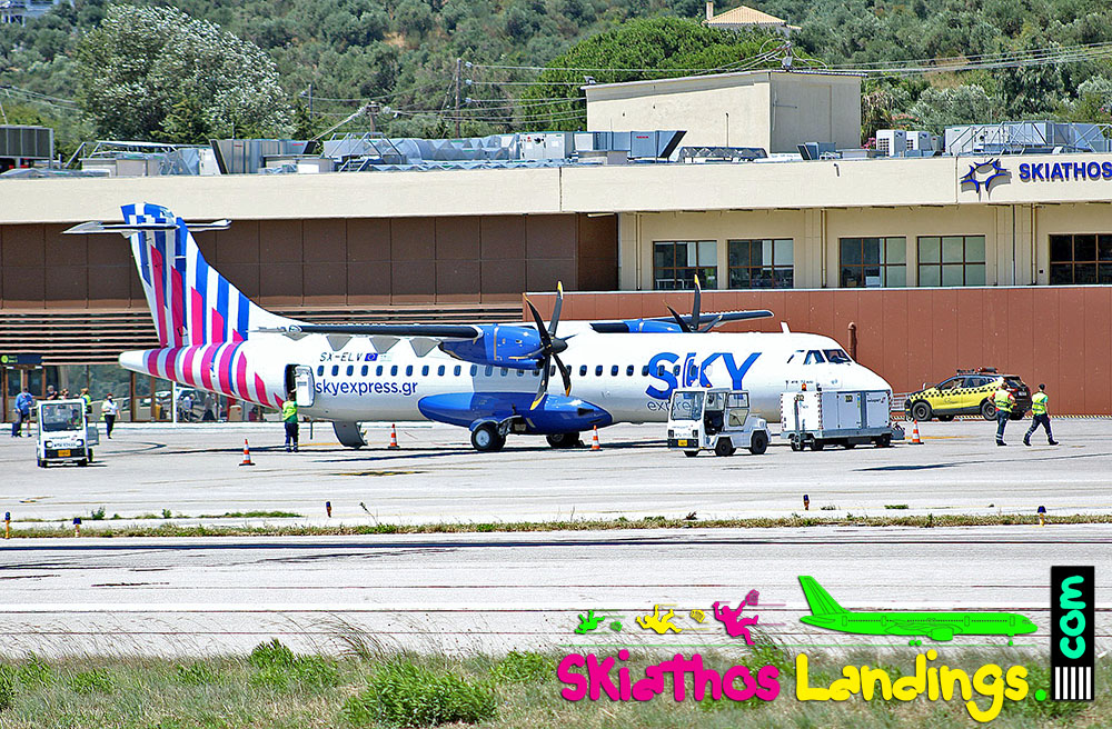 New Sky Express ATR72-600 at Skiathos